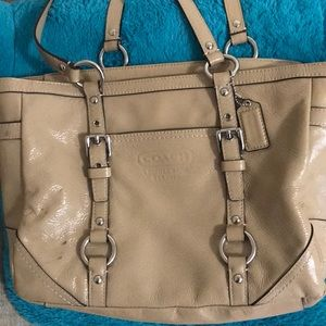 Coach beige Patent leather bag